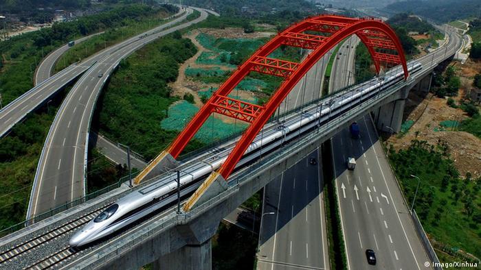 Brzi vlak u Kini, fotografijan odozgor (Imago/Xinhua)