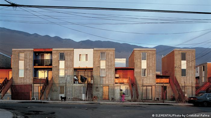 Alejandro Aravena's social houssing project in Iquique, Chile, copyright: ELEMENTAL/Photo by Cristobal Palma