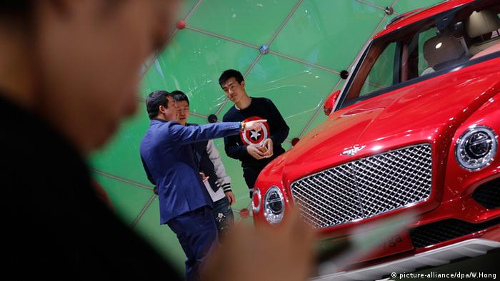China Auto Show Peking Internationale Automobil Ausstellung 2016 Maserati SUV Levante (picture-alliance/dpa/W.Hong)