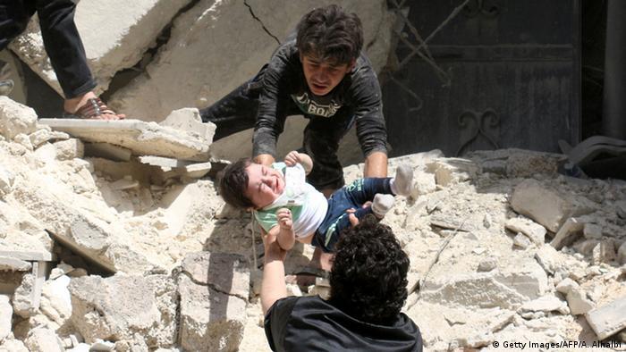 """Helfer: """"Jeden Tag dutzende Omrans in Aleppo"""""""