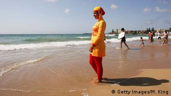 Muslim wearing burkini on beach in Sydney, Copyright: Getty Images/M. King