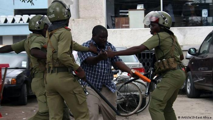 Tansania Polizei attackiert einen Journalisten in Dar es Salaam (Article19-East Africa)