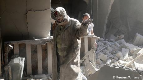 Syrien Krieg Kämpfe in Aleppo verletzte Frau