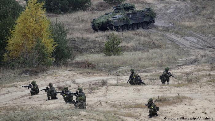 Солдаты бундесвера на маневрах в Латвии в 2015 году