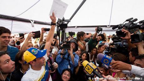 Venezuela Oppositionsführer Henrique Caprile Referendum Anti Maduro