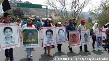 April 26, 2016 - Mexico - G26041622. JPG.CHILPANCINGO, Gro. StudentsNormalistas-Guerrero.- Marcha de familiares y amigos de los 43 estudiantes normalistas de Ayotzinapa, el martes 26 de abril de 2016, para conmemorar los 19 meses de su desaparicin. Foto: Agencia EL UNIVERSALJMA Copyright: picture alliance/dpa/Quadratín