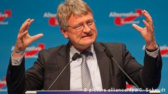 Сопредседатель АдГ профессор-экономист Йорг Мойтен возглавляет неолиберальное крыло партии