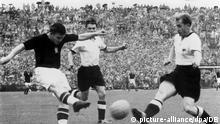 Schweiz WM 1954 Deutschland vs. Ungarn Ferenc Puskas in Bern