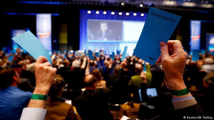 Deutschland AfD Bundesparteitag in Stuttgart