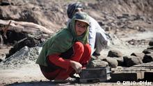 Many Afghan children are working as labors in Afghanistan. most of them are from poor families in war areas. this photo shows children who are working hard in a brick factory in Nangarhar province of Afghanistan on 01.05.2016, International day of labors. Photo: O.Didar Keywords: Afghanistan, Child, Kids, labor, Brick, Work Mr. Omid Didar is DW freelancer. All rights reserved for DW. Copyright: DW/O. Didar