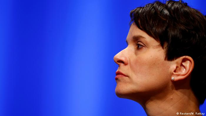 Deutschland AfD Bundesparteitag in Stuttgart Frauke Petry (Reuters/W. Rattay)