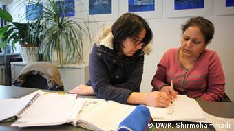 Урок немецкого языка для беженцев в Бонне