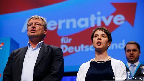 Stuttgart AfD Bundesparteitag Jörg Meuthen Frauke Petry (Reuters/W. Rattay)