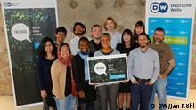 Deutsche Welle The Bobs 2016 Jury: Juroren der diesjährigen Jurysitzung von The Bobs am 29./30. April 2016 ; DW/Jan Röhl Die internationale Jury mit prominenten Netz-Aktivisten hat in Berlin die Preisträger des DW-Awards The Bobs 2016 bestimmt.