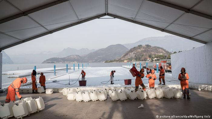 Christo Projekt The Floating Piers +++(c) picture-alliance/dpa/Wolfgang Volz