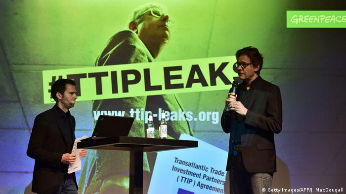 Greenpeace press conference on #ttipleaks (Photo: Getty Images/AFP/J. MacDougall)