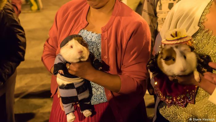 Ecuador auf einem großen Dorffest