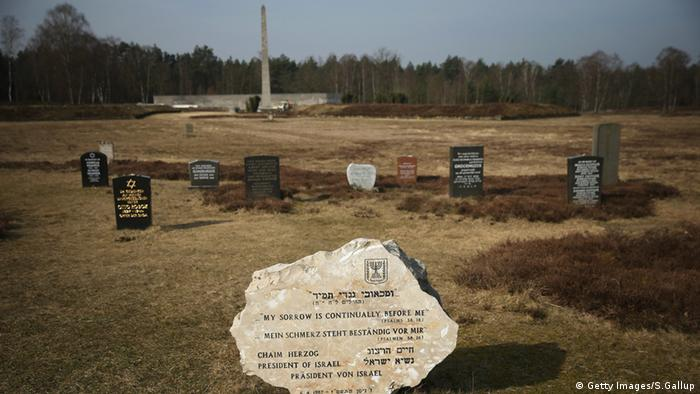 Grabsteine an der Gedenkstätte Bergen-Belsen (Foto: Getty Images/S. Gallup)