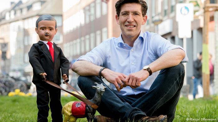 Marcel Offermann and his Erdogan doll