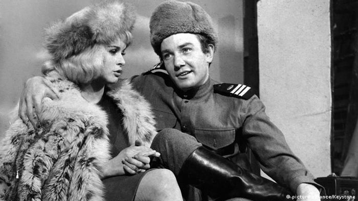 Szene aus dem Film 'Die Sieger' mit Senta Berger und Albert Finney (Foto: picture alliance/Keystone)
