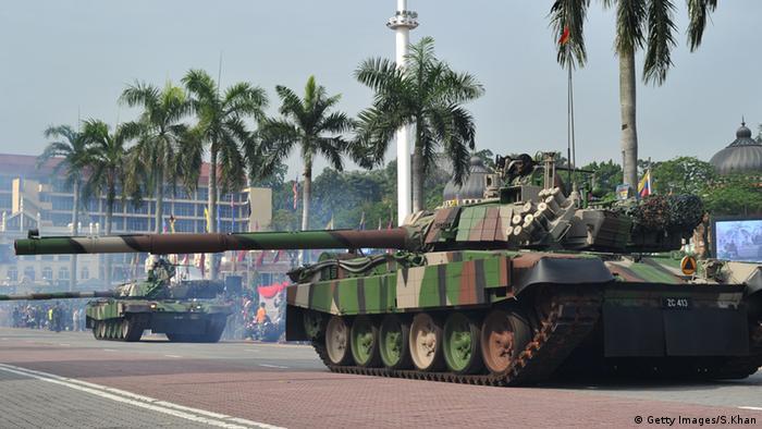Malaysien Soldaten Militär Panzer