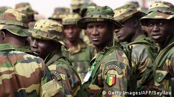 Symbolbild Senegal Soldaten