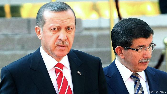 Arşiv - Dönemin Başbakanı Recep Tayyip Erdoğan ve Dışişleri Bakanı Ahmet Davutoğlu (06.09.2011)