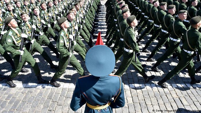 Russland Soldaten Militärparde in Moskau