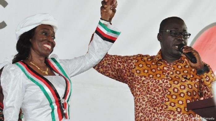 Nana Konadu Rawlings yayin kaddamar da ita a matsayin 'yar takarar shugabancin kasa