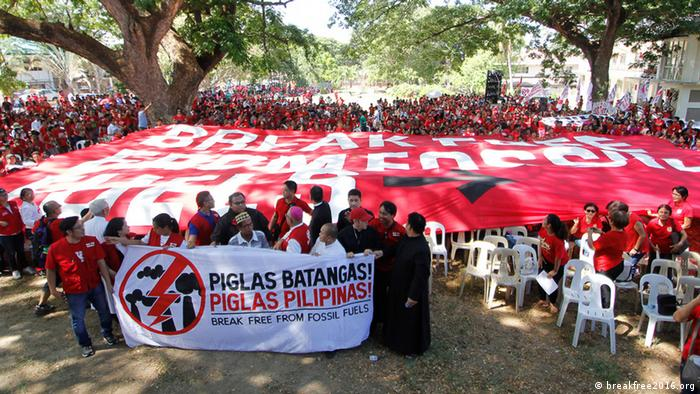 Break Free from Fossil Fuels protests in Philippines, May 2016