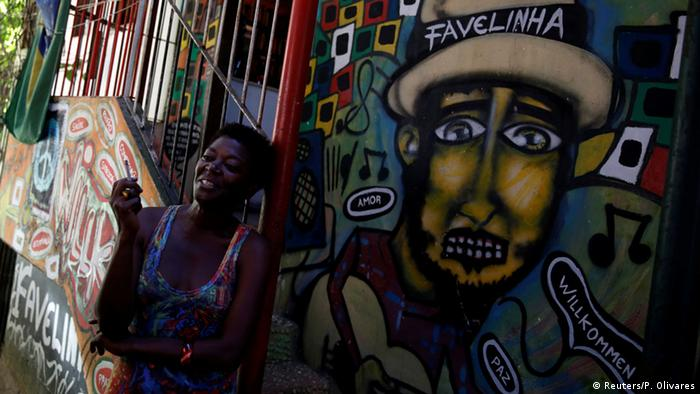 woman, graffiti