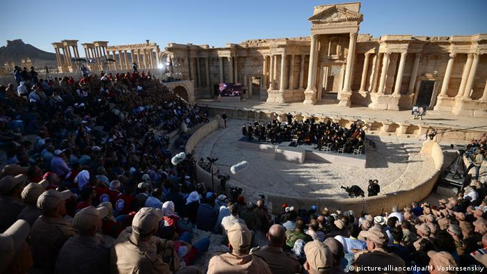Russia's Mariinsky Orchestra concert in Palmyra, Copyright: picture-alliance/dpa/M. Voskresenskiy