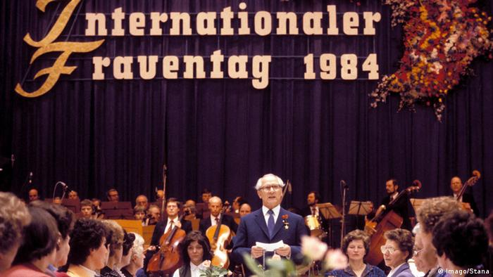 DDR Internationaler Frauentag 1984 - Rede Erich Honecker