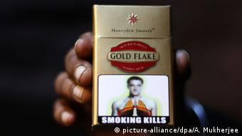 Indien Warnhinweis auf Zigarettenschachtel