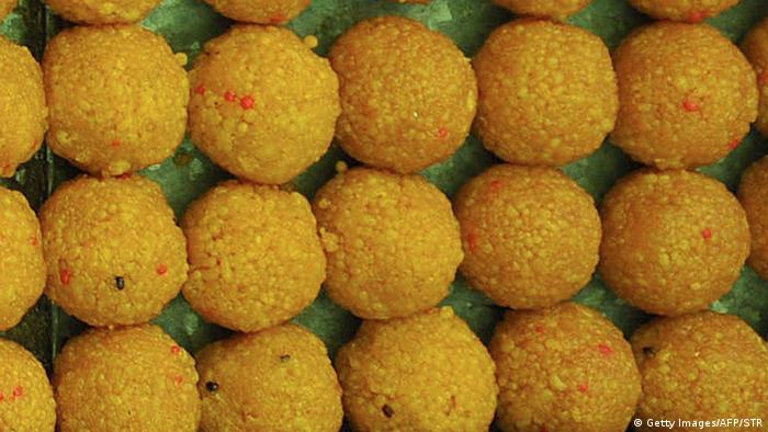 A tray of laddoos (Getty Images/AFP/STR)