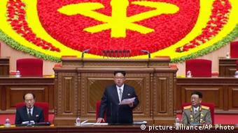 North Korean leader Kim Jong Un addresses the congress in Pyongyang, North Korea, Friday May 6, 2016 (Photo: picture-alliance/AP)