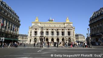Η επίθεση πραγματοποιήθηκε κοντά στην όπερα Γκαρνιέ