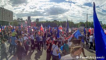 Варшава, антиправительственная демонстрация