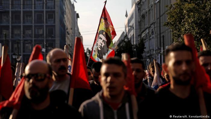 Масові протести проти заходів економії в Афінах