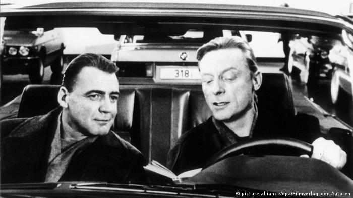 Filmszene aus dem Wim-Wenders-Film 'Himmel über Berlin' (Foto: picture-alliance/DPA/Filmverlag der Autoren)