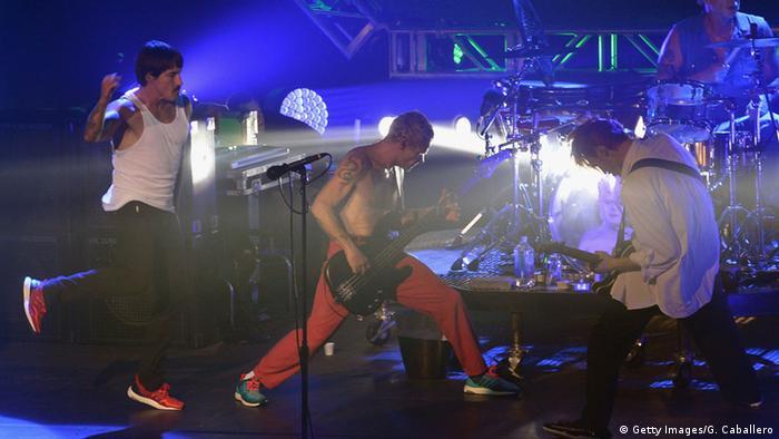 Red Hot Chilli Peppers auf der Bühne