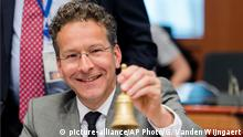 09.05.2016++++ Dutch Finance Minister and chair of the eurogroup finance ministers Jeroen Dijsselbloem smiles as he rings a bell to open an EU eurogroup meeting at the EU Council building in Brussels on Monday May 9, 2016. European finance ministers gathered in Brussels Monday for talks aimed at breaking the deadlock over whether to provide more aid to bolster Greece's shattered economy and forgive some of its debts. (c) picture-alliance/AP Photo/G. Vanden Wijngaert
