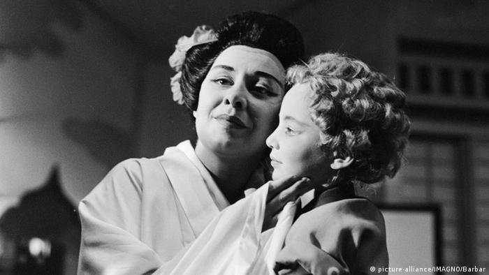 Мадам Баттерфляй, 1957