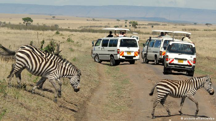 Touristen im Massai Mara National Park in Kenia