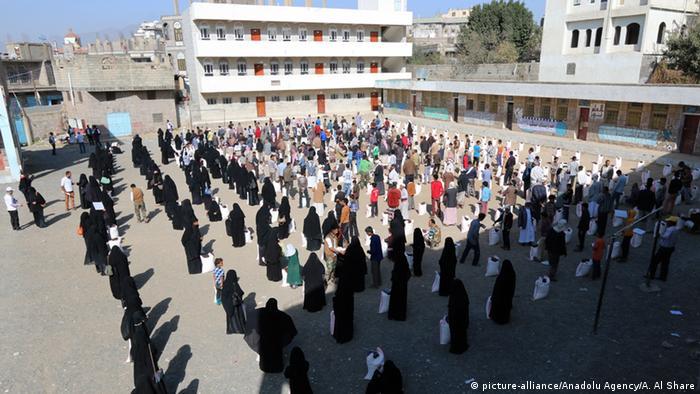 Im Jemen das Flüchtlingslager in Ibb (foto: © picture-alliance/Anadolu Agency)