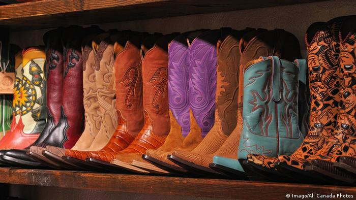 Colorful cowboy boots, Copyright: Imago/All Canada Photos