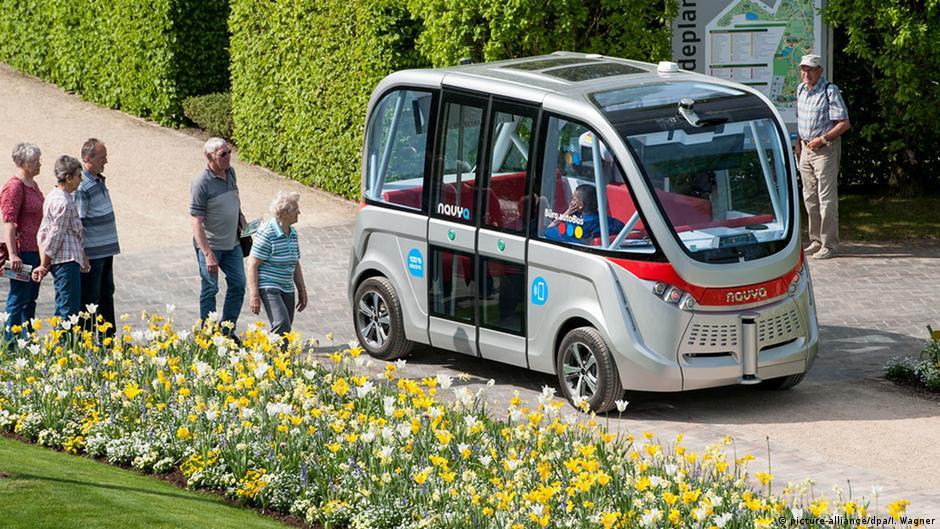 Как отмечает агентство dpa, французская фирма планирует собрать в этом году 70 таких автобусов, 40 из них уже продано.