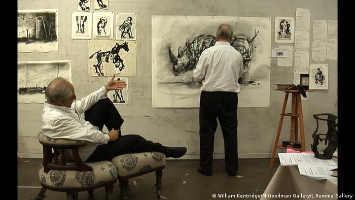 A photo of the performance 'Six Drawing Lessons' by William Kentridge, Copyright: William Kentridge/M.Goodman Gallery/L.Rumma Gallery