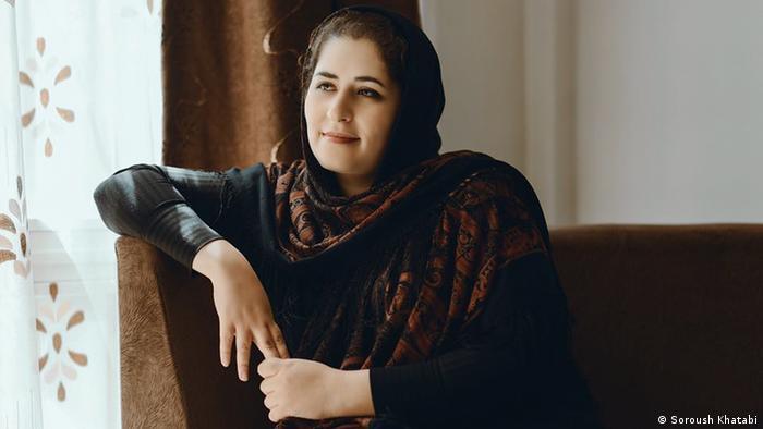 Solmaz Badri Sängerin Iran (Soroush Khatabi)