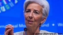 ARCHIV - International Monetary Fund (IMF) Managing Director Christine Lagarde responds to a question from the news media during her opening press conference at the IMF headquarters in Washington, DC, USA, 14 April 2016. Photo: EPA/SHAWN THEW (zu dpa Lagarde: Pro Jahr fließen fast zwei Billionen Dollar Bestechungsgeld vom 11.05.2016) +++(c) dpa - Bildfunk+++ | © picture-alliance/dpa/S. Thew